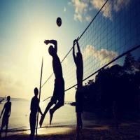 Plage et beach-volley à Pornic